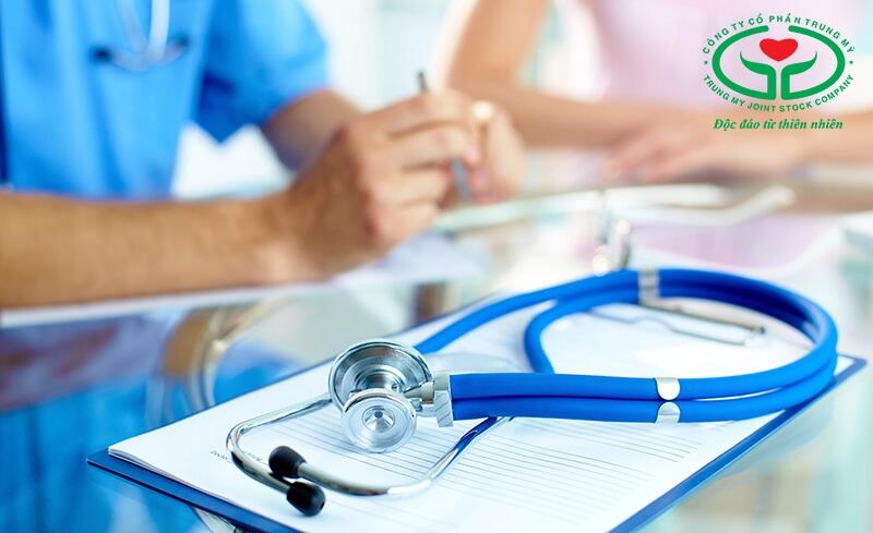 Người bị đổ mồ hôi đầu quá mức cần đến bệnh viện để kiểm tra nguyên nhân